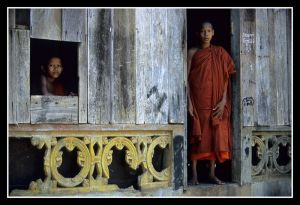 Buddhist Monks_05.jpg