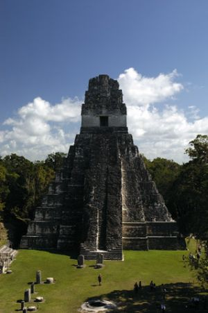 Tikal-3.jpg